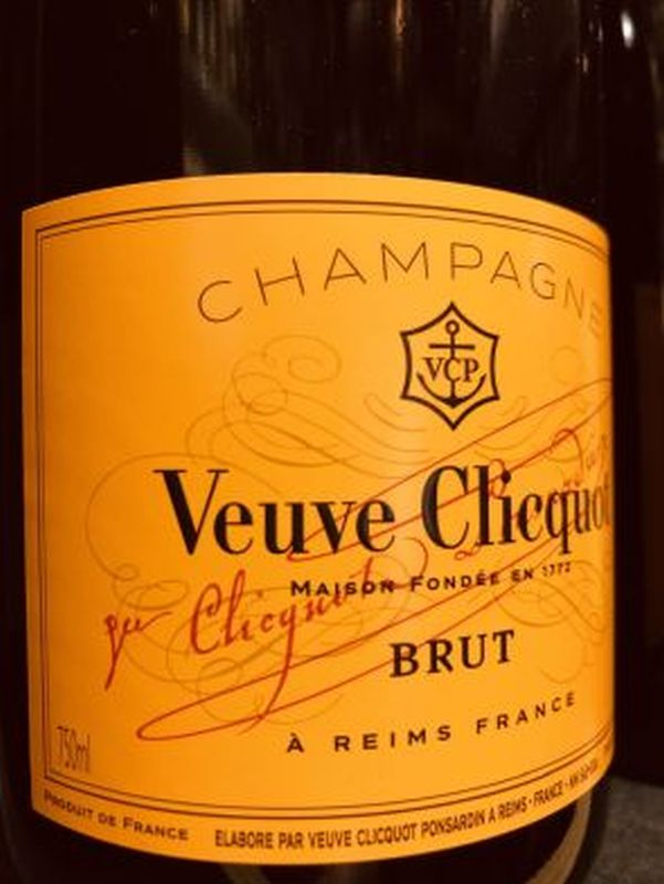 Veuve Clicquot Brut NV 75cl Yellow Label